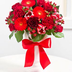 Elegant Bouquet in Red Co